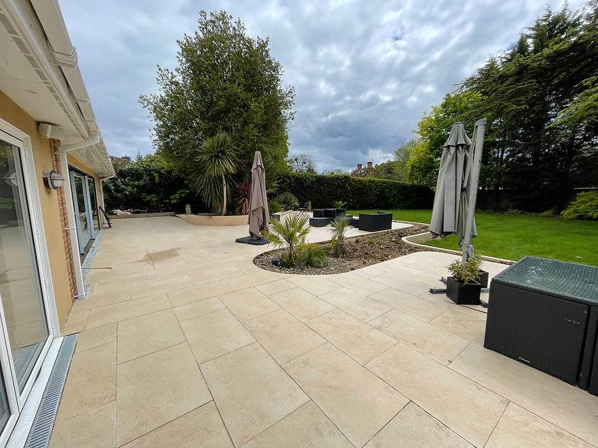 April 2021 - Landscape Design & Planting Stoke Poges
