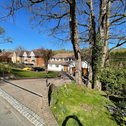 Surrey Kingswood Rear Garden Patio
