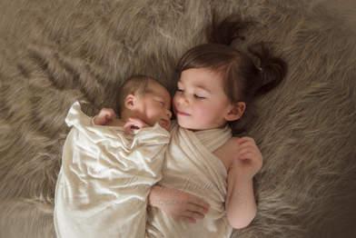 Calgary Sibling Family Photographer