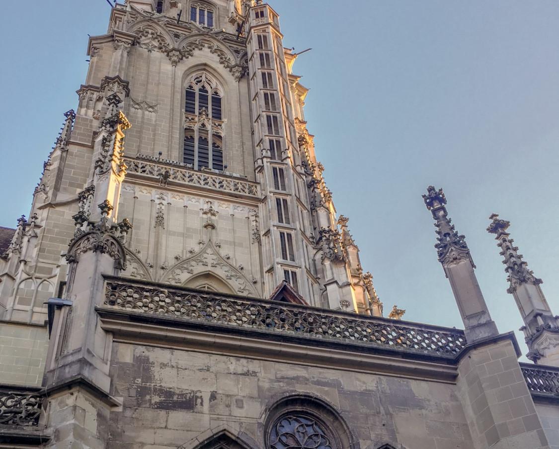 Berner Münster in der Abendsonne