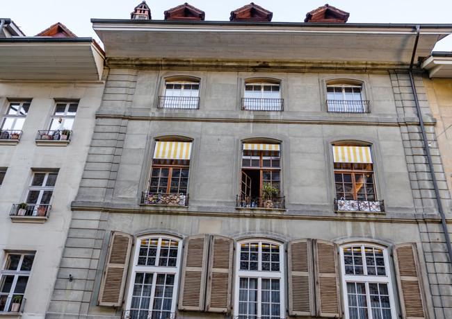 vielfältige Häuserfassaden, Münstergasse