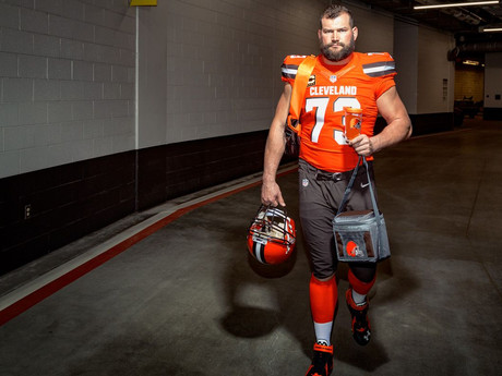 Joe Thomas, Loyal Lineman