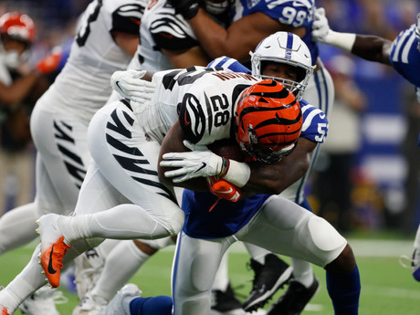 Mixon, Bengals Grind For Win