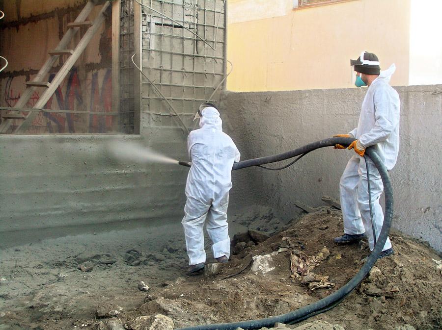 Восстановление стены методом торкретирования