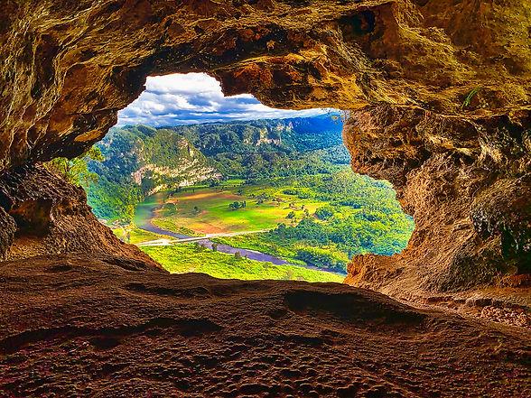 Window Cave Arecibo Puerto Rico 0978.jpg