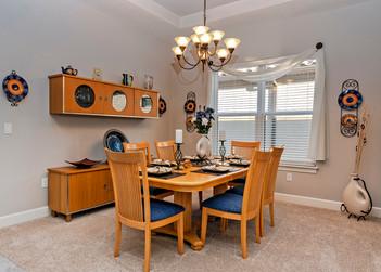 Dinning Room 1169.jpg
