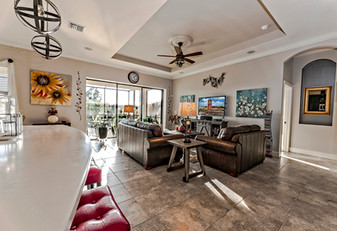 Umbria Hill Drive Family Room