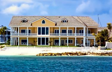 Waterfront Property Bahamas
