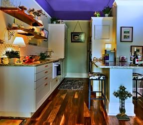 5606 N Nebraka Avenue Kitchen