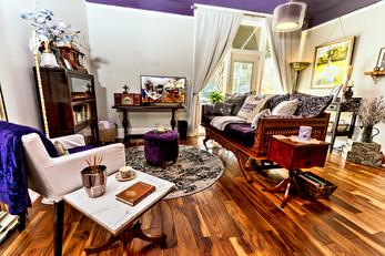 5606 N Nebraka Avenue Living Room