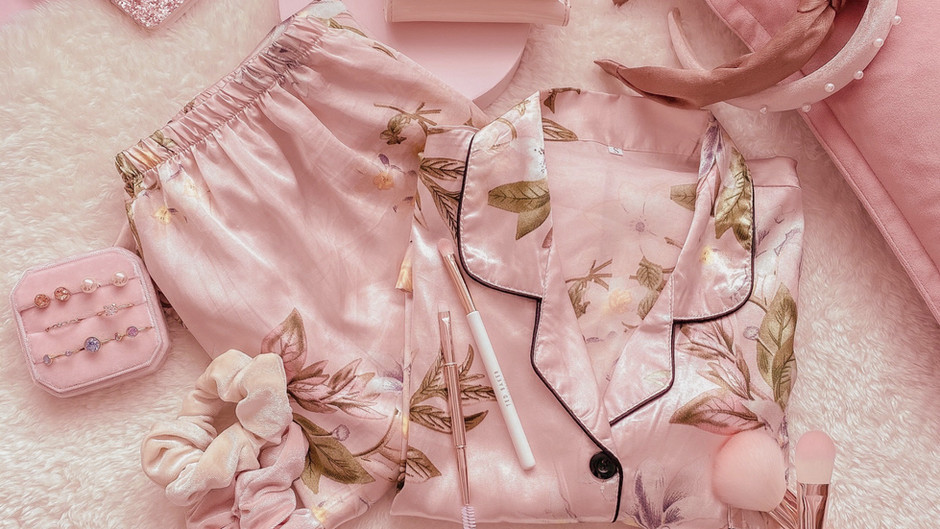 EID OUTFIT INSPO 2020: FOR THE GAL THAT'S ONLY THINKING PJ's & STRETCHY WAISTBANDS