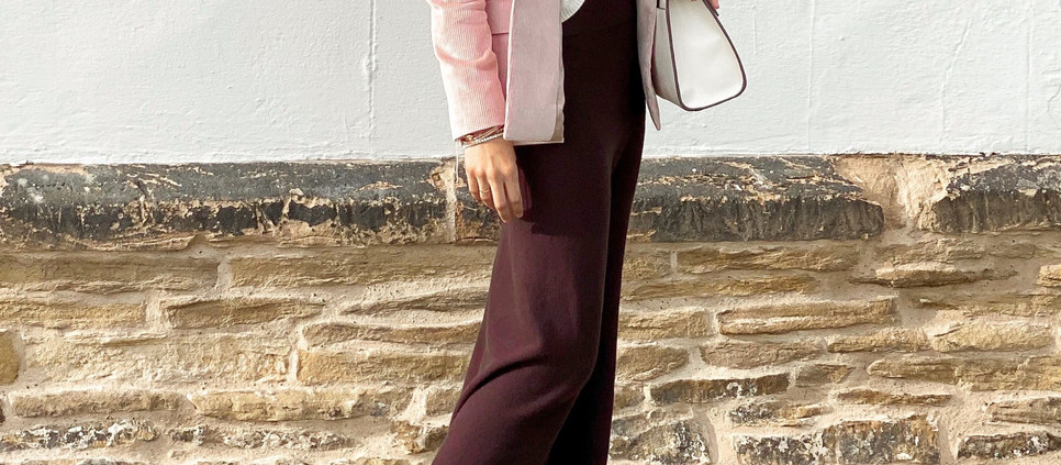 HOW TO STYLE A KNITTED SKIRT