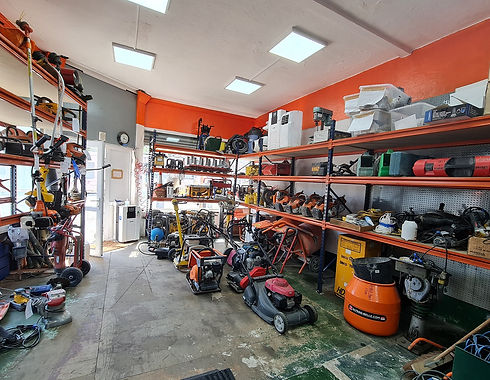 Dibco Tools Hire Center-in store image-002_edited.jpg