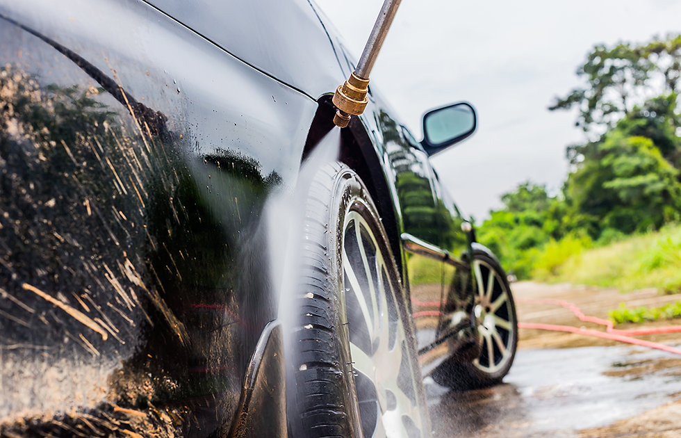 Car washing cleaning with foam and hi pr