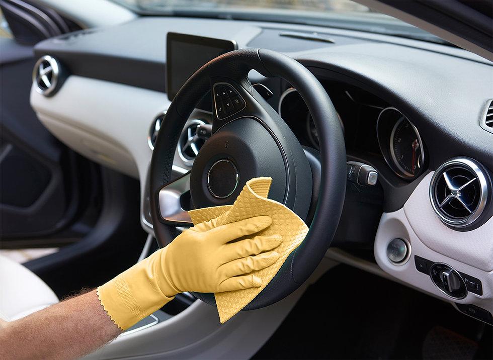 Dealer giving new car thorough clean pri