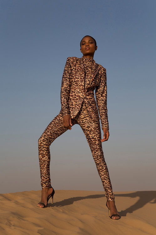 Customize leopard fabric suit with turtle neck inner and pant