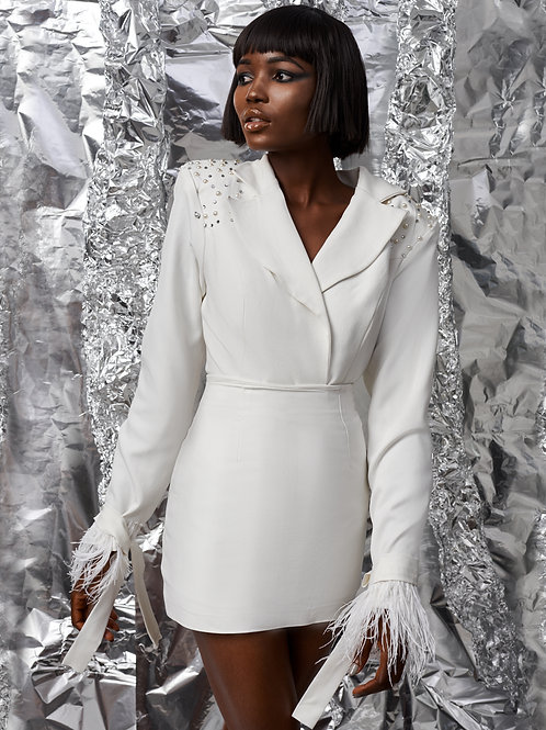 White crep skirt suit