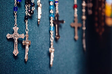 wall-rosary-prayer-cross.jpg