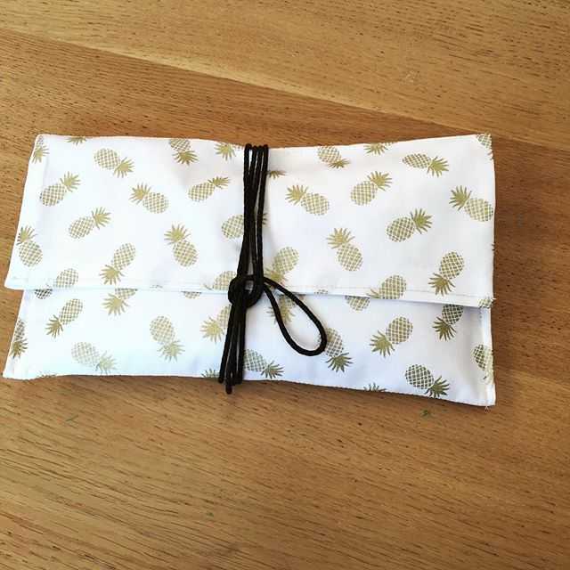 #see this #gold #pineapple clutch #bag at one of our school holiday workshops _Book Now at www.sewcraftcook.com