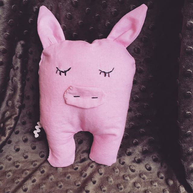#sew a happy #pig at one of our school holiday workshops 😀🐷_BOOK NOW _ sewcraftcook.com