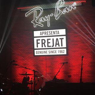Luxottica promove show comemorativo de 80 anos Ray-Ban