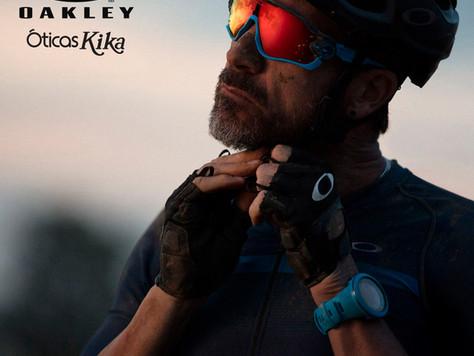 Esporte e tecnologia Oakley na Óticas Kika