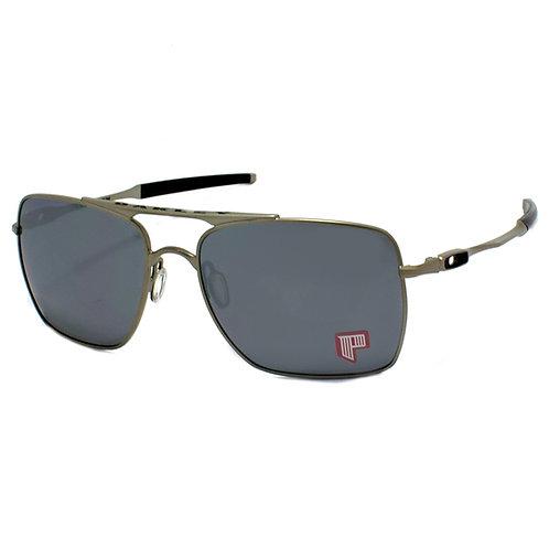 Oakley - Preto/Prata - 4061-0659