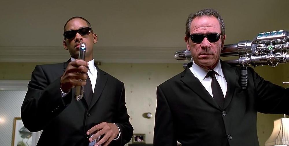 """Foto: Will Smith e Tomy Lee Jones em """"MIB - Os homens de Preto"""""""