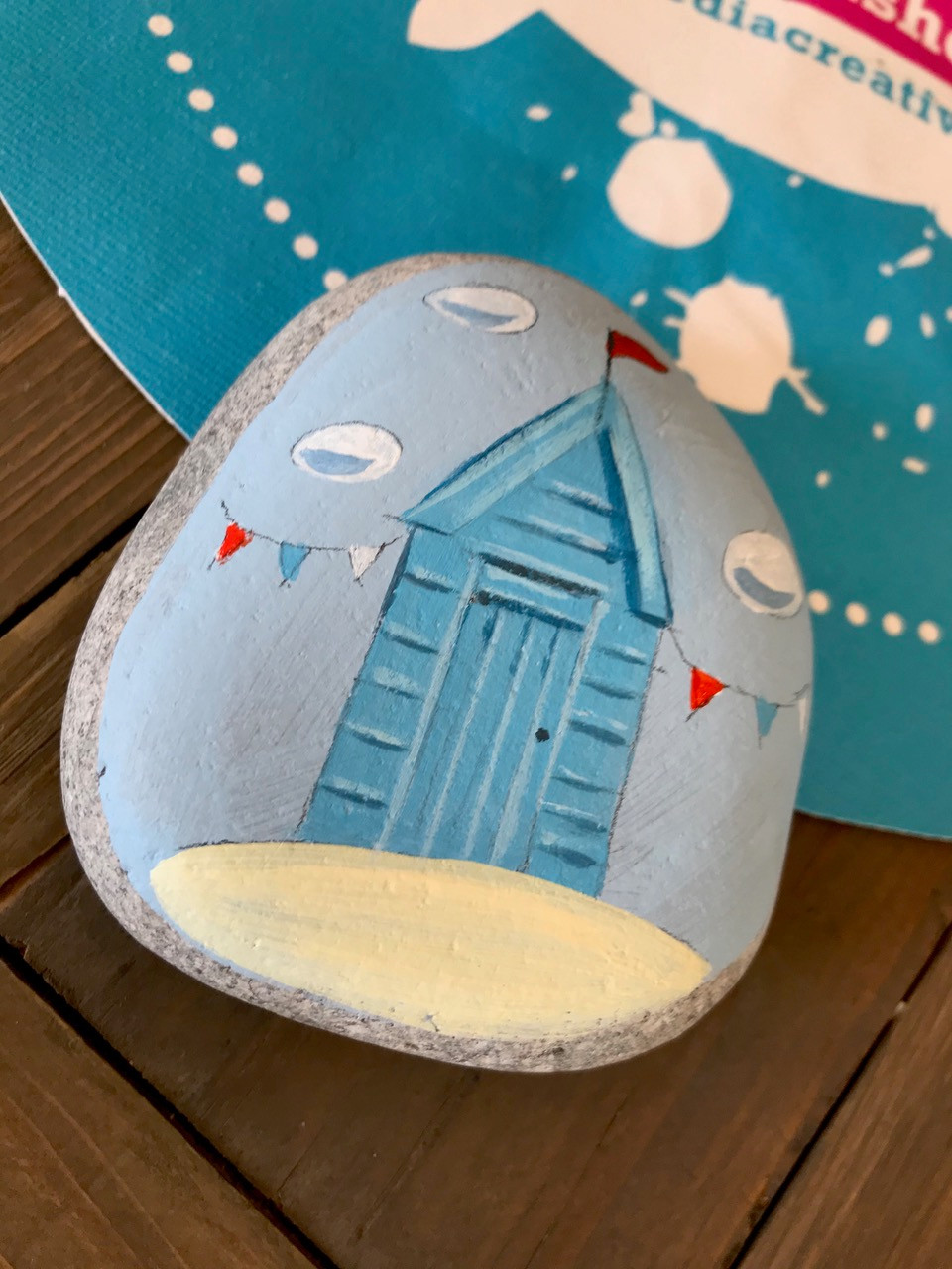 Beach Hut Pebble Tutorial