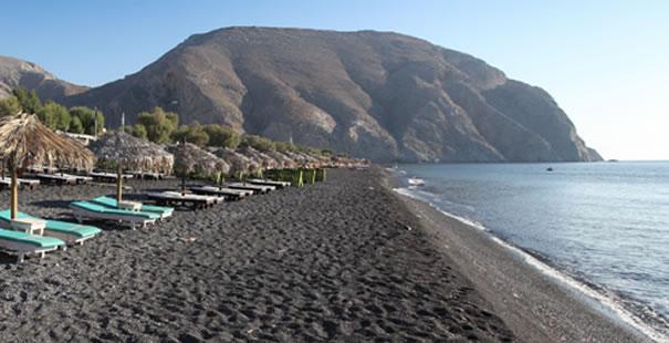 Black beach Perissa