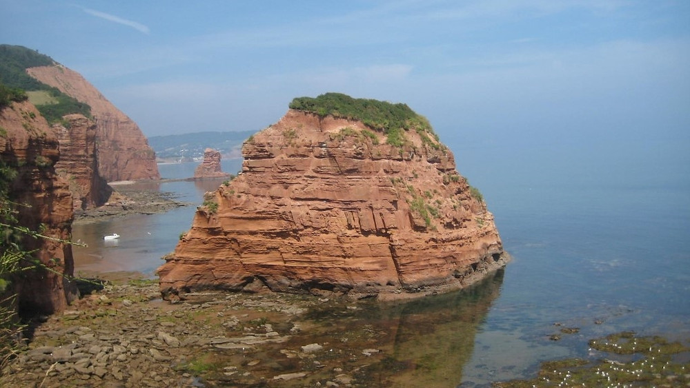 The rocky promontories of the south coast