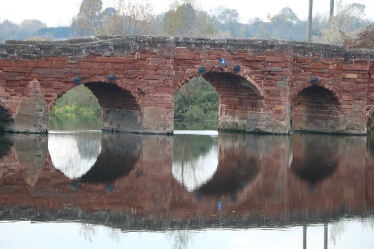 Eckington Bridge and the River Avon
