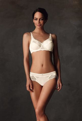 Amoena Aurelie Underwired mastectomy Bra - Cream 44154