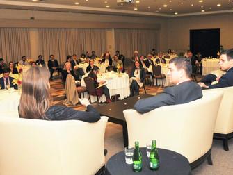 """elEconomista: Foro Perspectivas Económicas                                         """"Chile debe"""