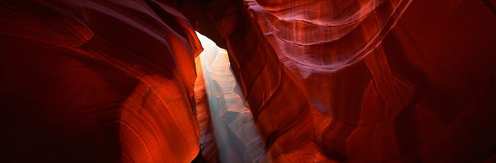 Tse-Bighanilini-Antelope-Canyon-USA-1030