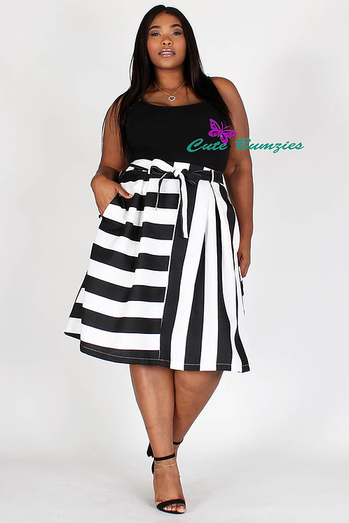 Plus Size Black and WhiteStripe skirt with tie up belt