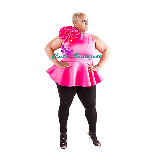 FINAL SALE - Plus Size Big Flower Peplum Top In Fuchsia
