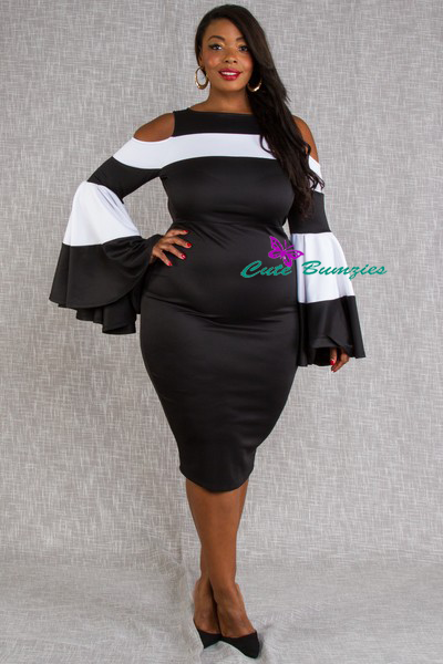 Plus Size Solid and striped colorblock midi dress in a bodycon fit