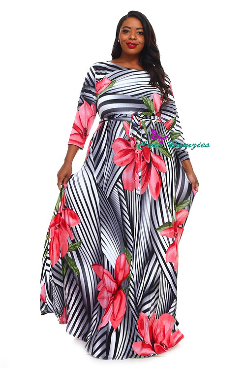 Plus Size 3/4 Sleeve Maxi Dress with Pink Flower