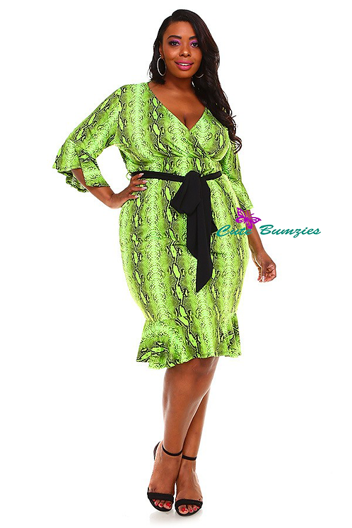 Plus size Green Dress with Flare Hem 4XL-6XL