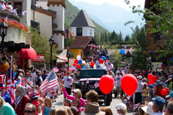 Parade on Gore Creek Drive
