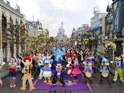 Disneyland-Paris-Flashmob (1).jpg