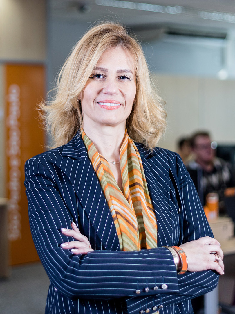 Alessandra Almeida Lopes de Siqueria / Avalara