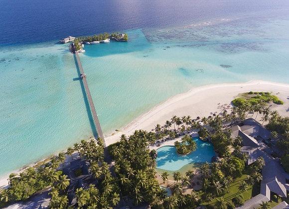 Sun Island Resort 3 Nights in Sunset Beach Villa