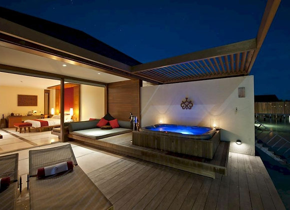 Paradise Island Resort 3 Nights in Deluxe Beach Pool Villa