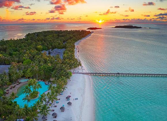 Sun Island Resort 3 Nights in Standard Beach Bungalow