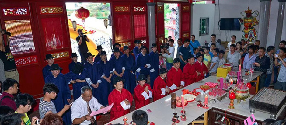 Chinese Traditional Tea Competition in Tea Harvesting Time