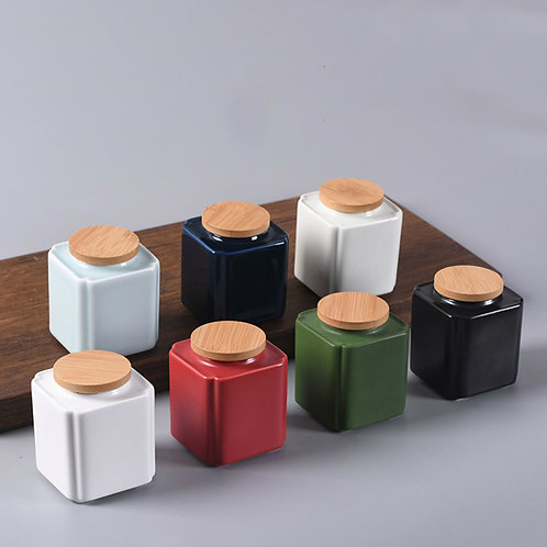 High-class Porcelain Canisters for Storing Chinese Loose Tea