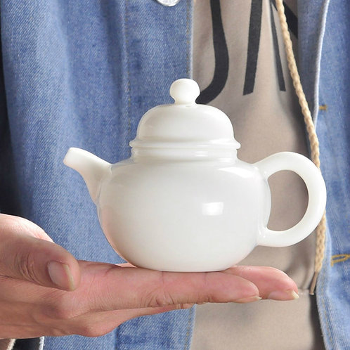 Vintage White Porcelain Gongfu Teapot, Chinese Traditional Porcelain Tea Set
