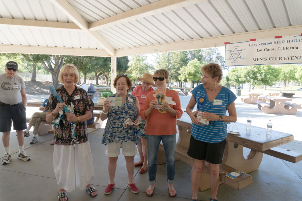 The Women won all the prizes at the Men's Club Picnic!